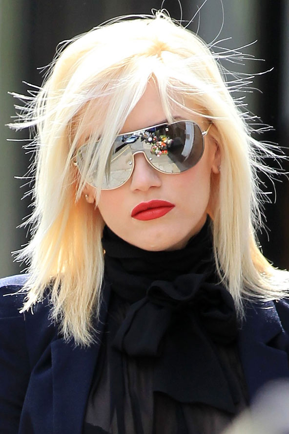 gwen stefani layered bob cut