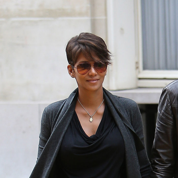 halle berry soft side swept bob