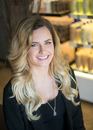 Amanda - Senior Stylist in Austin Tx