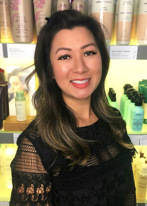 Ivy - Senior Stylist in Austin Tx